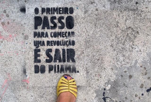@porondeandeisp - Leticia Sabino